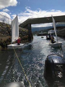 Seilskole gjennom brosundet
